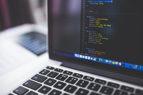 Les dernières normes en vigueur pour créer un site internet performant