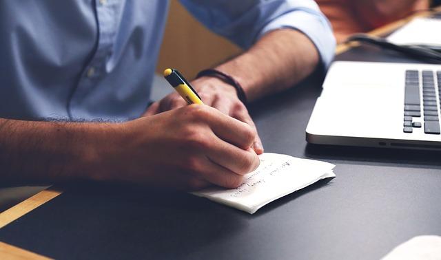 gagner de l'argent à partir de votre blog: focus sur les techniques SEO avant tout